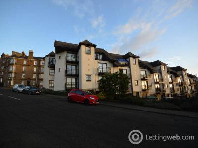 Property to rent in Trinity Court Dundee,