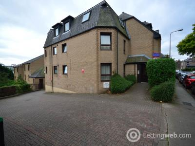 Property to rent in Roseangle , Dundee,