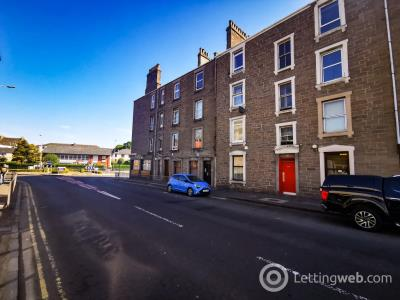 Property to rent in Strathmartine Road, Coldside, Dundee, DD3 7SD