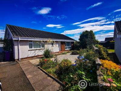Property to rent in Sanderson Place, Newbigging, Dundee, DD5 3RQ