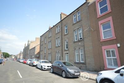 Property to rent in Church Street, Broughty Ferry, Dundee, DD5 1EZ