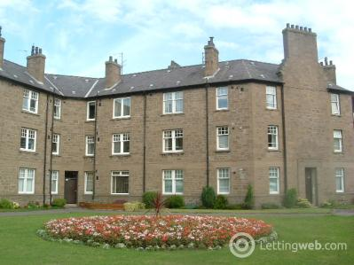 Property to rent in Queen Street, Broughty Ferry