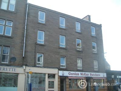 Property to rent in Albert Street East Third Left