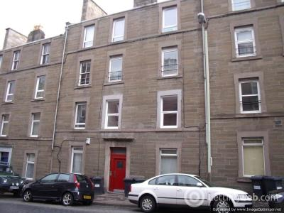Property to rent in Rosefield Street First Left, Dundee DD1 5PR