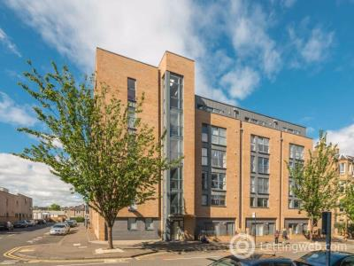 Property to rent in MCDONALD ROAD, EH7 4QU