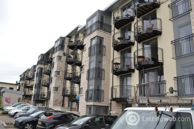 Property to rent in Colonsay Way