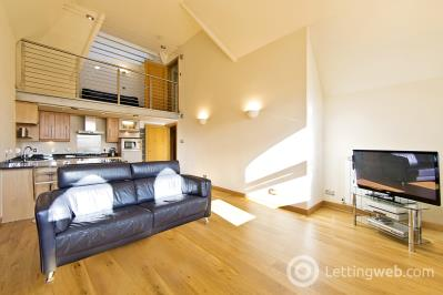 Property to rent in Lochend Rod