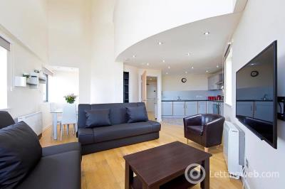 Property to rent in Abbey Lane