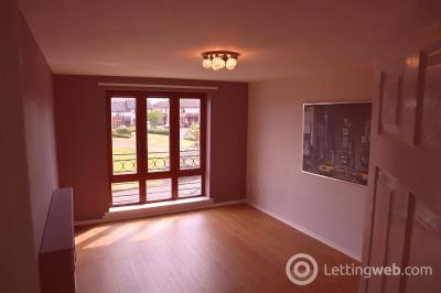 Property to rent in 15 HAWKHILL