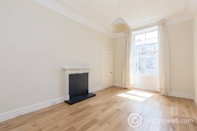 Property to rent in Lutton Place, Newington, Edinburgh, EH8 9PF