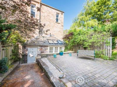Property to rent in Blackford Road, Grange, Edinburgh, EH9 2DS