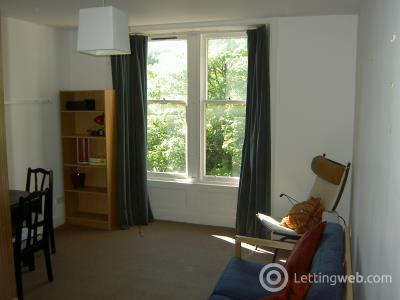 Property to rent in Roseangle
