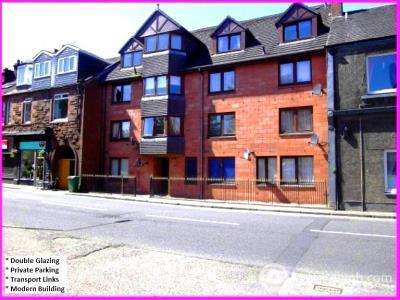 Property to rent in Main Street, Renton