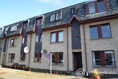 Property to rent in Campbell Street, Dunfermline