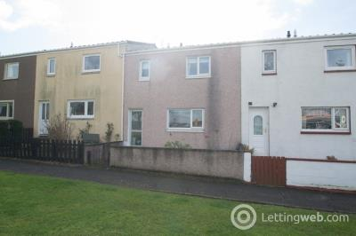 Property to rent in 12 St Peters Court, Inverkeithing