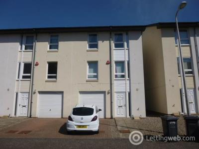 Property to rent in 17 Friary Gardens, ,