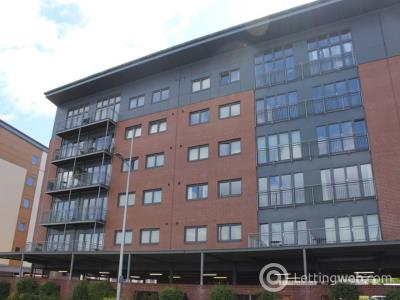 Property to rent in 2F Thorter Way, ,