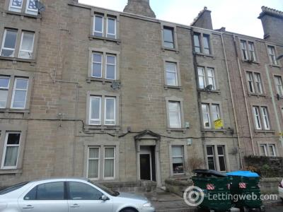 Property to rent in 45C Milnbank Road, ,