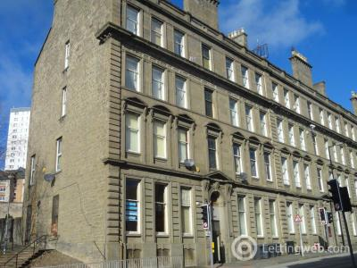 Property to rent in 10 2/2 Victoria Chambers, Victoria Road,