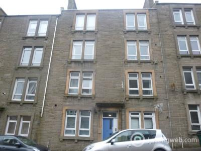 Property to rent in 68D Peddie Street,