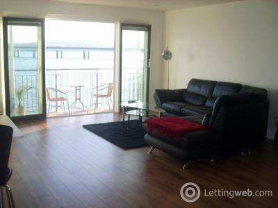 Property to rent in 22E Marine Parade Walk,