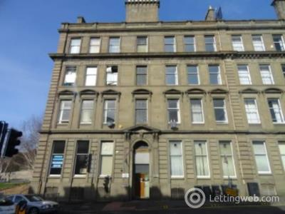 Property to rent in 10 3/2 Victoria Chambers, Victoria Road,