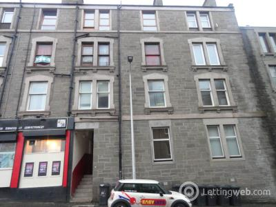 Property to rent in 61 2/1 Provost Road,