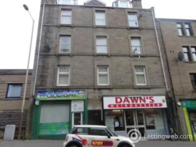 Property to rent in 223 (Attic Flat) Hilltown,