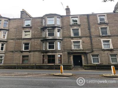 Property to rent in 1/R 99 Arbroath Road,