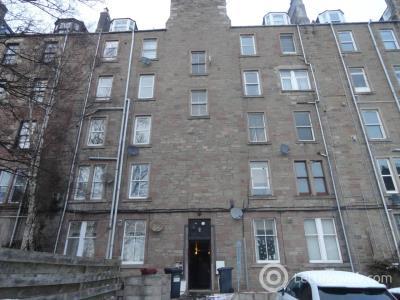 Property to rent in 8B Laburn Street,