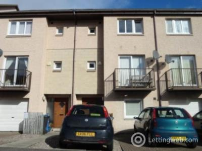 Property to rent in 19 Larch Street,