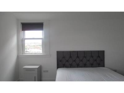 Property to rent in APARTMENT ROOM AVAILABLE ,