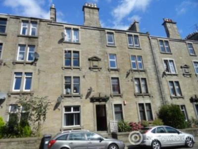 Property to rent in 55 1/1 Dens Road,