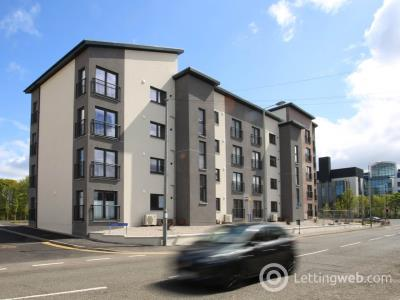 Property to rent in 43 St Joseph's Court,