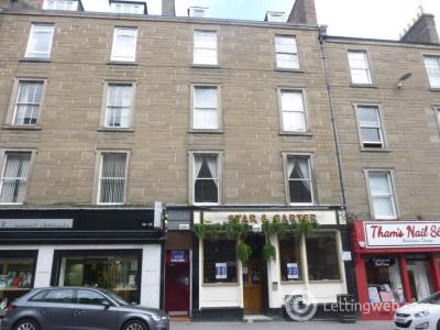 Property to rent in 40 1/2 Union Street,