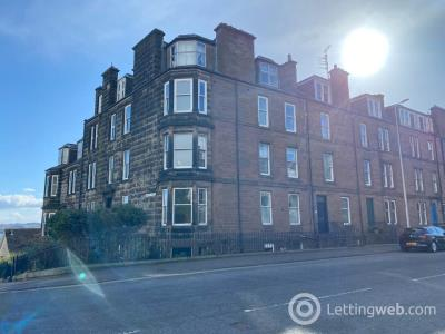 Property to rent in 358 2/3 Perth Road,