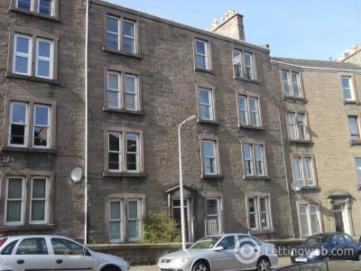 Property to rent in 22 3/2 Forest Park Road, Dundee,