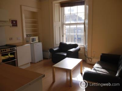 Property to rent in Castle Street, Top floor, Dundee