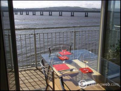 Property to rent in Marine Parade Walk, City Quay,