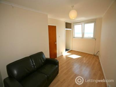 Property to rent in Perth Road, Dundee,