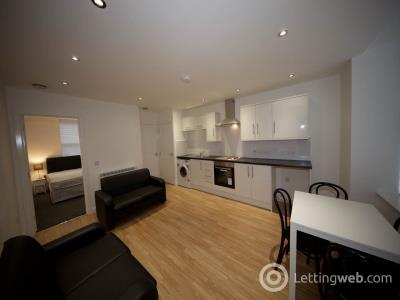 Property to rent in Muirton Road, Dundee,
