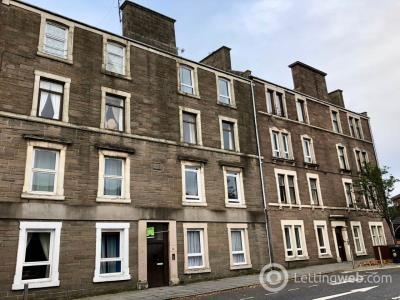 Property to rent in High Street , Lochee