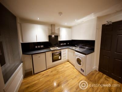 Property to rent in 75 High Street, Lochee, Dundee,