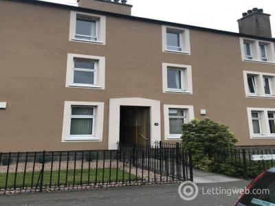 Property to rent in Hospital Street ,