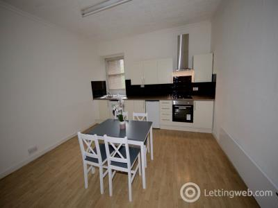 Property to rent in Park Avenue 1/R,