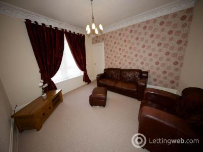 Property to rent in Strathmartine Road,