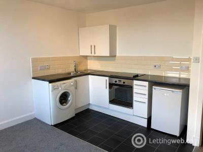 Property to rent in Mains Road, Dundee,