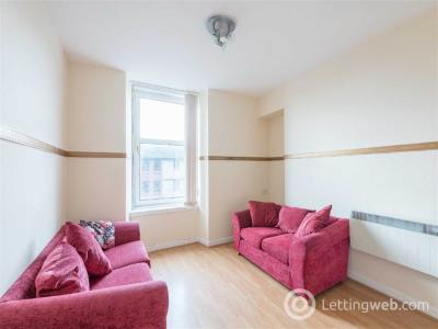 Property to rent in Tannadice Street,