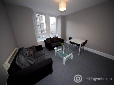Property to rent in Albert Street,