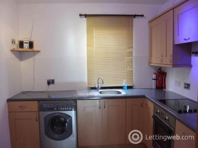 Property to rent in 5B Graham Place, Dundee,